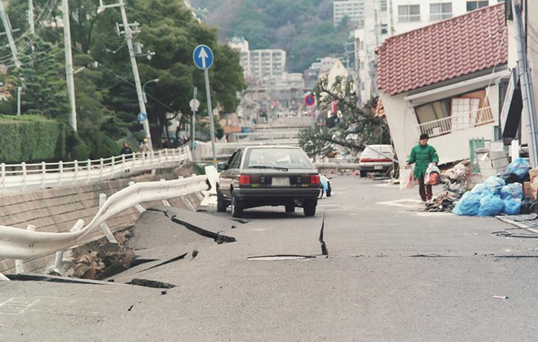 型 地震 直下